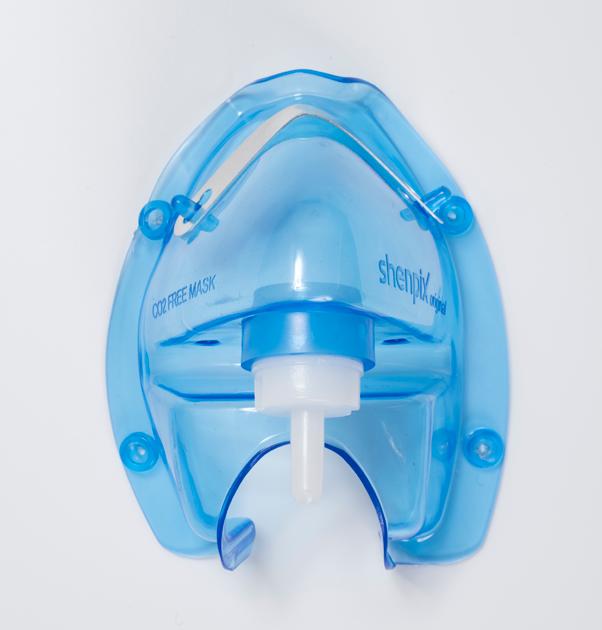 呼気(二酸化炭素)を再摂取しない「特別の酸素マスク」